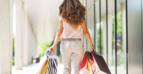 Outlet Shopping: The Deal Is In The Details